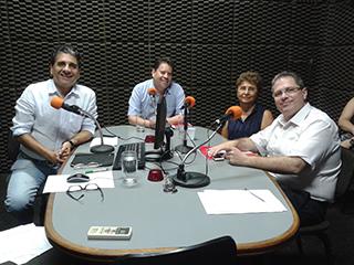 Programa de Rádio - Aids: uma questão de saúde e de direitos humanos - 11/12/2014