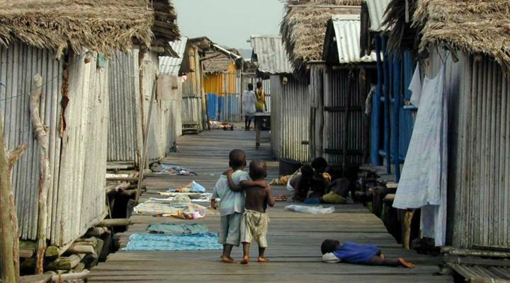 Impostos contribuem para a desigualdade no Brasil