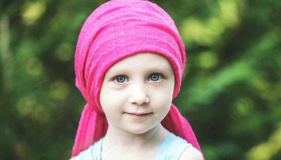 Projeto transforma crianças com câncer em autores de livros