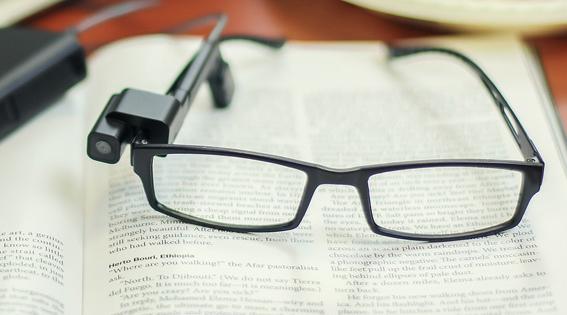 31570a1a0 Unibes inaugura biblioteca que facilita leitura para pessoas cegas