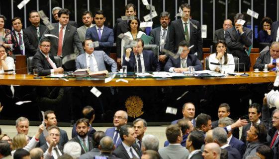 Corrupção: R$ 1 bilhão destinado ao combate à Covid-19 foi desviado