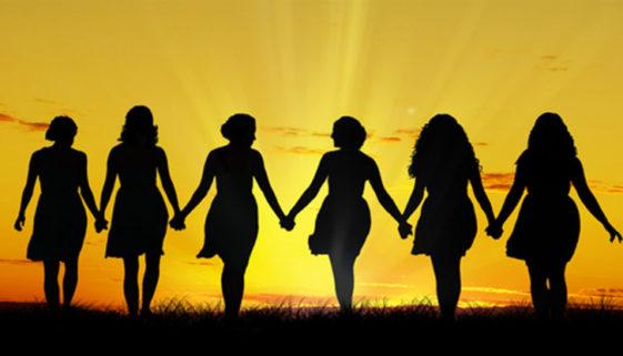 """Tributo às """"mulheres asas"""" do século XXI"""