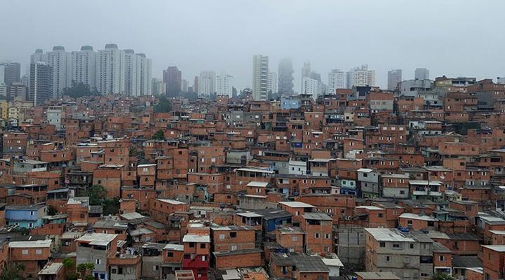 Desigualdade e moradia popular