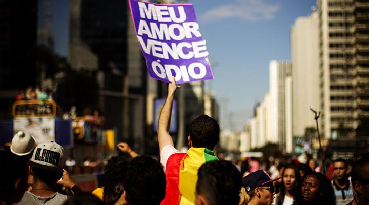 Direitos Humanos e a população LGBT no Brasil