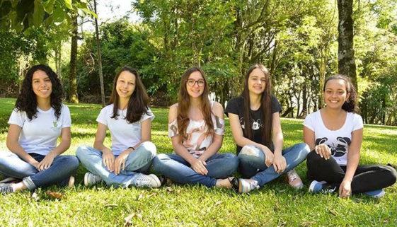 Estudantes de Santa Catarina criam aplicativo para prevenir o suicídio