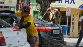 Brasil: 2,8 milhões de crianças e adolescentes estão fora da escola