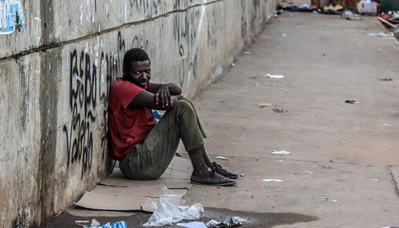 70% da população mais pobre do país é negra, aponta relatório