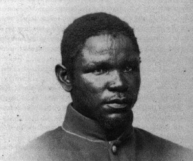 Bilíngue, ele foi escravizado no Brasil, conseguiu fugir e virou escritor