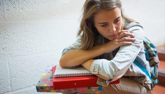 Quase 11 milhões de jovens brasileiros não estudam nem trabalham