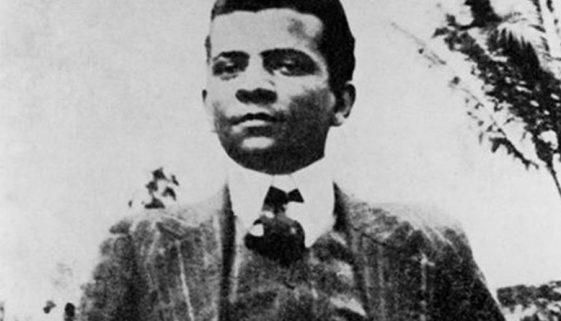 O famoso escritor brasileiro que foi internado em um hospício