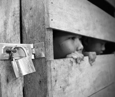Crueldade oculta: Brasil registra 159 casos de tráfico humano