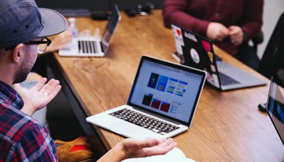 Empresas lançam e-book sobre Marketing Digital para ONGs
