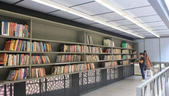 ESPM mantém biblioteca comunitária na zona sul de São Paulo