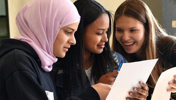 Universidade disponibiliza bolsas de estudos para refugiados