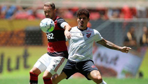 Governo brasileiro lança campanha sobre direitos humanos no futebol