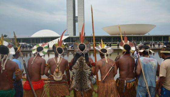 Governo prevê agricultura, pecuária e mineração em terras indígenas