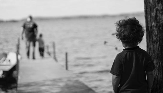 Filme aborda histórias de abandono paterno no Brasil