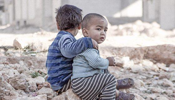 Quase 5 milhões de crianças nasceram durante a guerra na Síria
