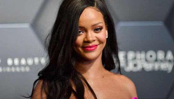 Rihanna doa US$ 5 milhões para comunidades de risco durante pandemia