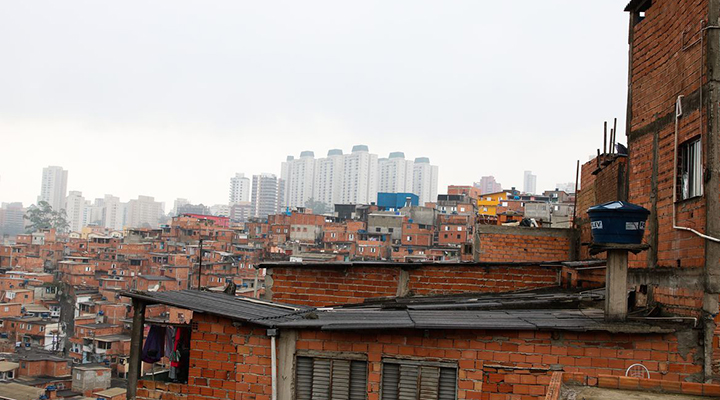 Isolamento social: famílias das favelas do Brasil podem ficar sem comida