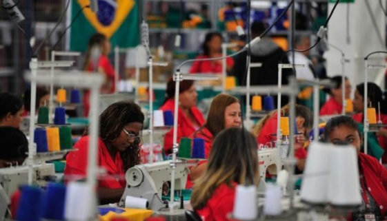 Retorno ao povo? Brasileiros trabalham 5 meses só para pagar impostos