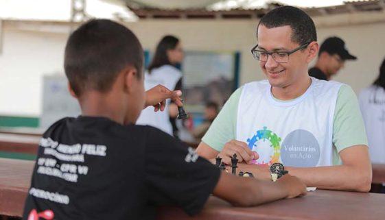 Voluntários criam plataforma para dar continuidade a projetos
