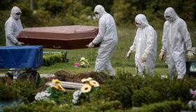 Pandemia no Brasil: servidor público perde pais, irmã e avô para Covid-19