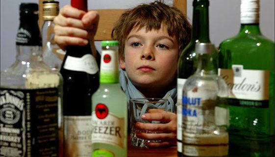 Assustador: consumo de álcool no Brasil começa aos 11 anos