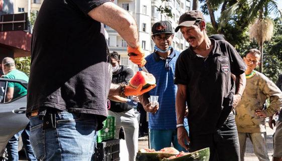 SP: projeto que ajuda população de rua está em busca de voluntários