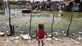 Governo quer retirar água e esgoto da lista de serviços essenciais ao povo