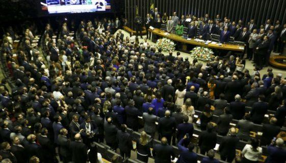 Vergonha: 107 deputados federais são alvos de investigações da Justiça