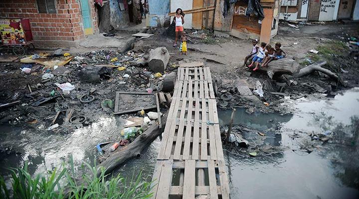 Com remoções, famílias ficam sem ter onde morar durante pandemia
