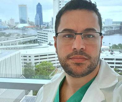 Médico fez post emocionante antes de morrer de Covid-19, no Paraná