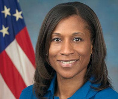 Ela será a primeira mulher negra em longa missão na Estação Espacial