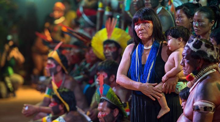 Culpa da vítima? Indígenas sofrem com queimadas e ainda são acusados