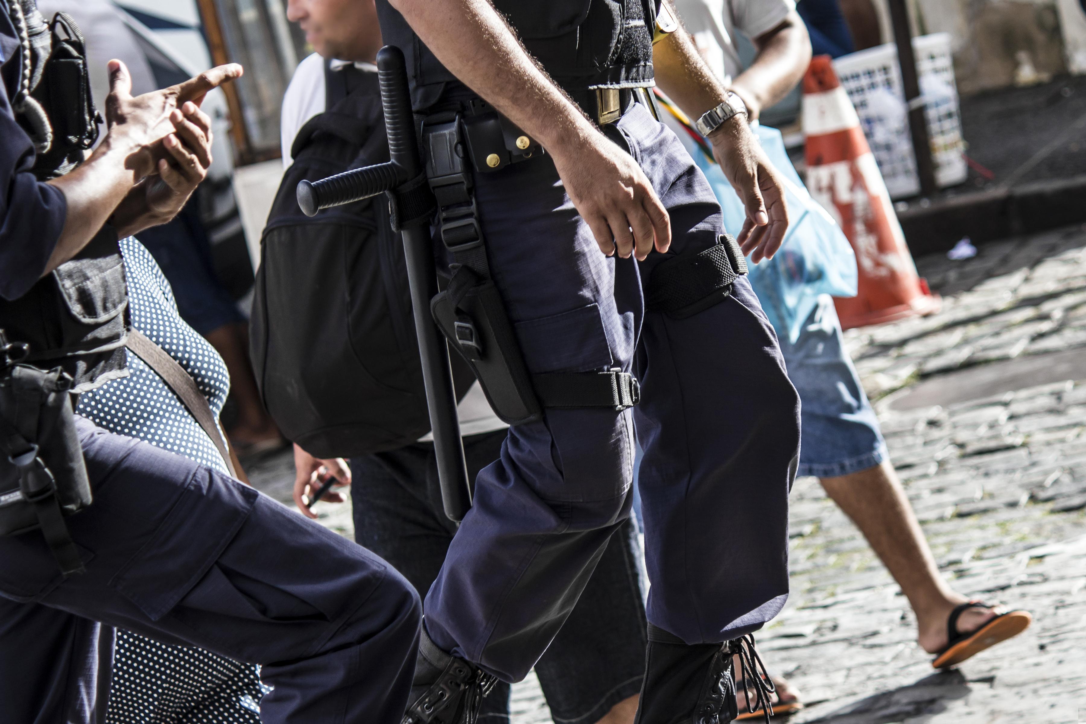 57% do Rio de Janeiro é controlado por milicianos e 15% por facções