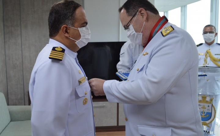 Marinha gastou R$ 505 mil dos cofres públicos com medalhas na pandemia